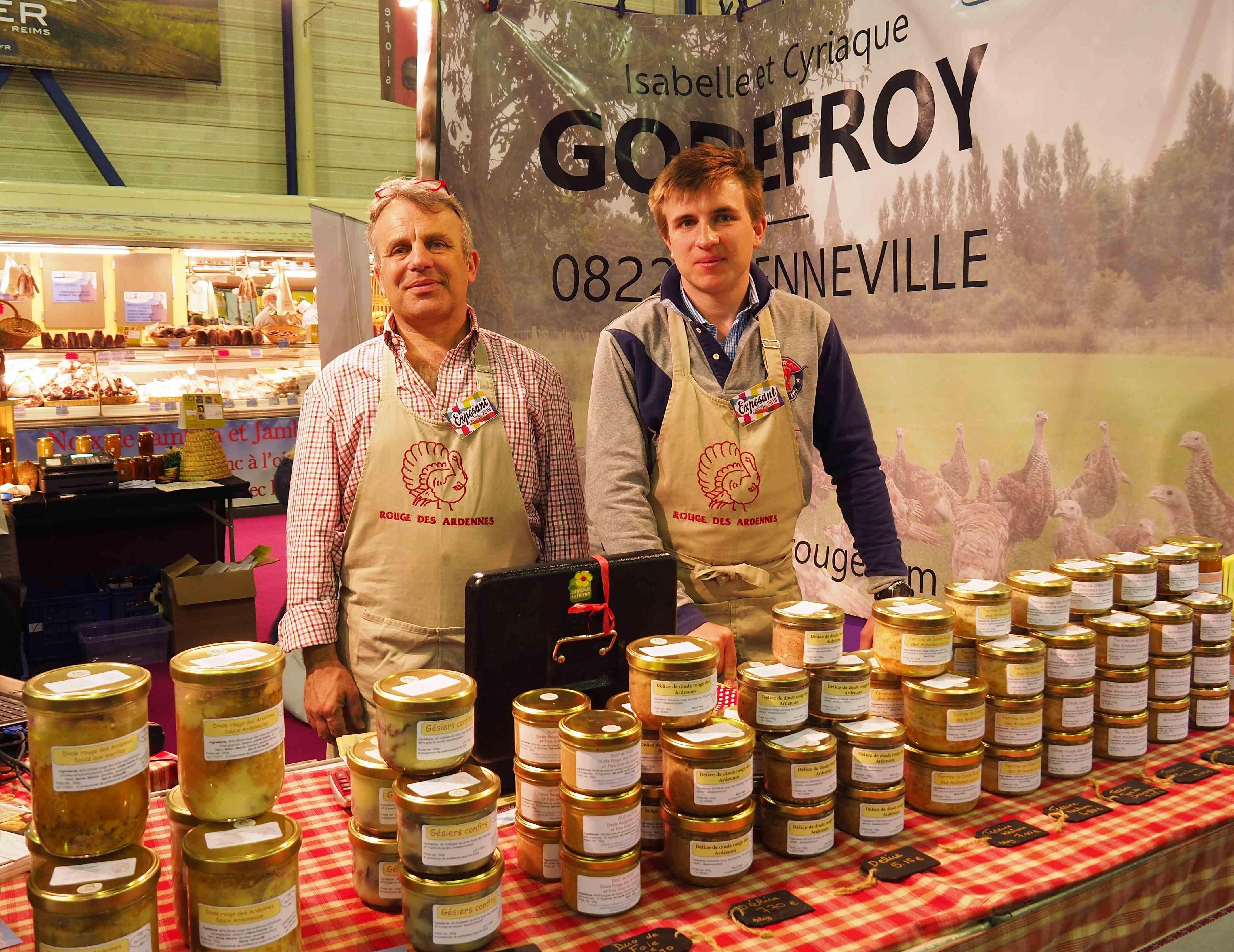 La famille GODEFROY (La dinde rouge des Ardennes) au Festival du Bon et du Goût