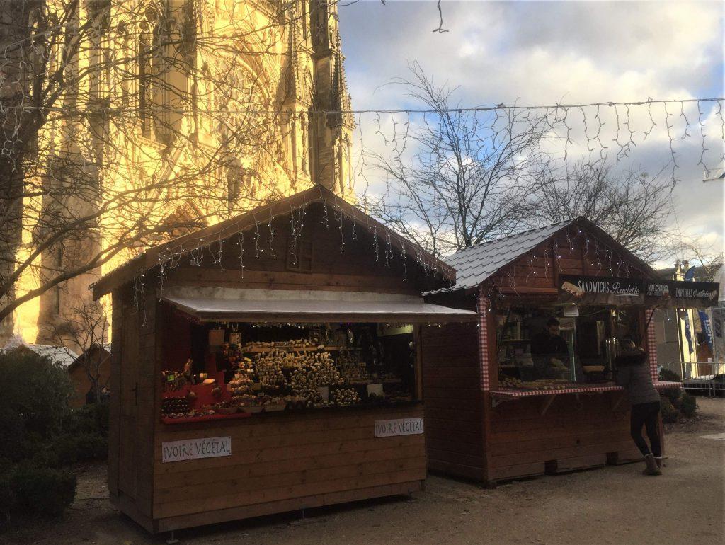 Marché de Noël au pied de notre magnifique cathédrale !