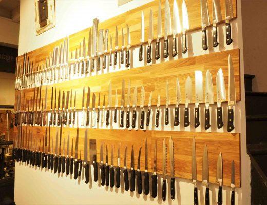 Et toujours des couteaux de cuisine !