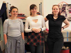 Agathe, avec Céline et Erika