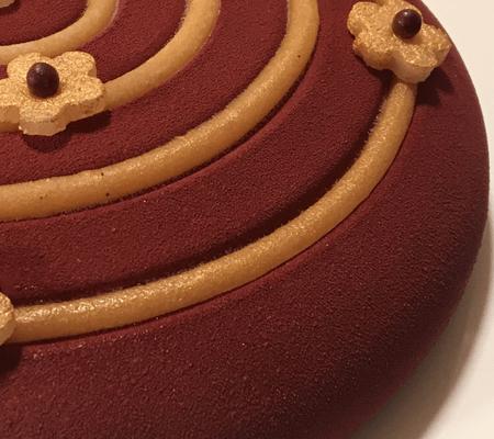 Mousse chocolat, insert de poires à la cannelle et au gingembre