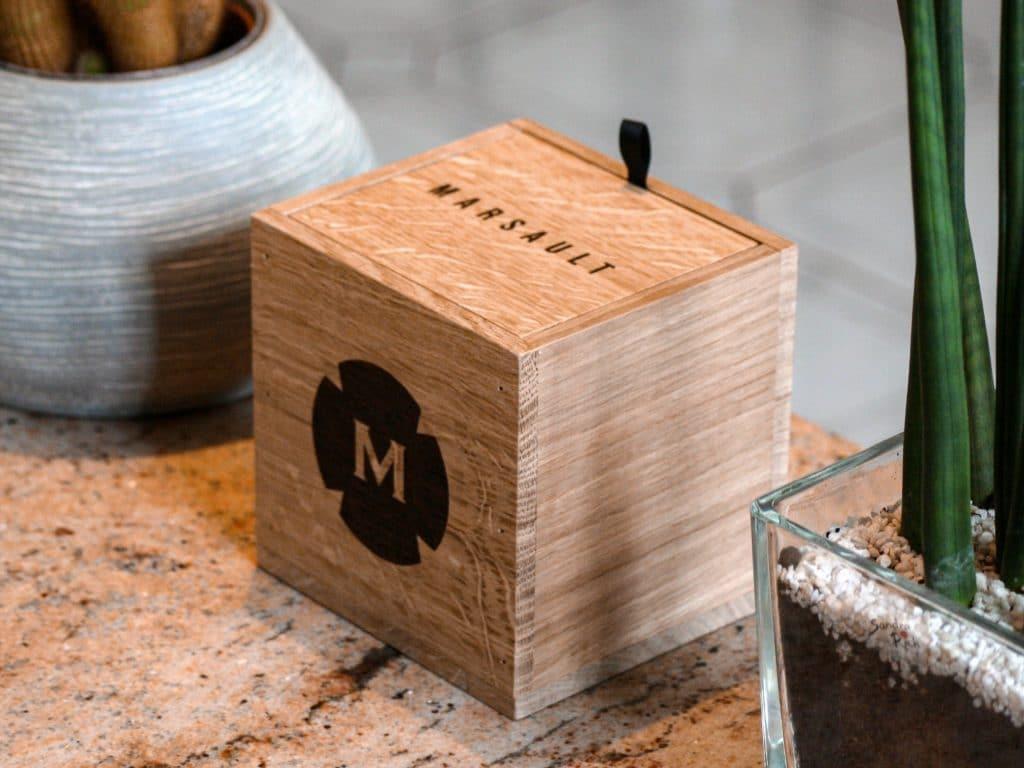 Coffret en bois de la bougie magnum