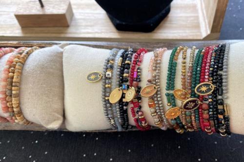 Bracelets à plusieurs rangs