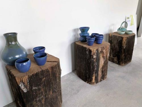 Une gamme bleue joliment présentée dans le hall des Ateliers