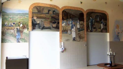 Fresque dans un pressoir de vigneron