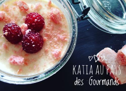 Tiramisu fruits rouges et biscuits roses
